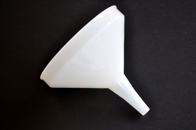 Funnel, Plastic 32 oz